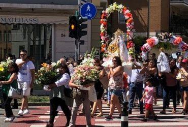 """I Boliviani in festa: la ricorrenza della """"Virgen de Urkupina"""""""